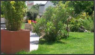 Paysagiste quimper jourdren thierry entretien et for Entretien jardin particulier 95